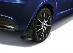 Bavettes arrière avec graphisme d'une bande de roulement pour Alfa Romeo Mito