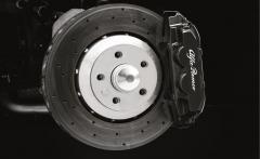 Étriers de freins noirs à l'avant et à l'arrière pour Alfa Romeo 4C