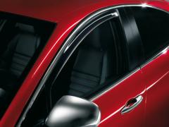 Déflecteurs anti-turbulences avant pour vitres latérales d'Alfa Romeo Giulietta