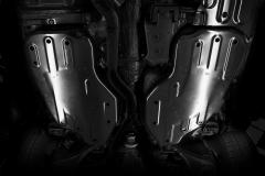Protection sous caisse pour réservoir de carburant Jeep Grand Cherokee