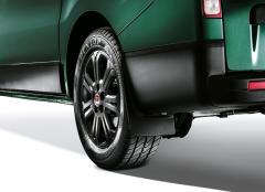 Bavettes arrière en granulés de polyuréthane pour Fiat Professional Talento